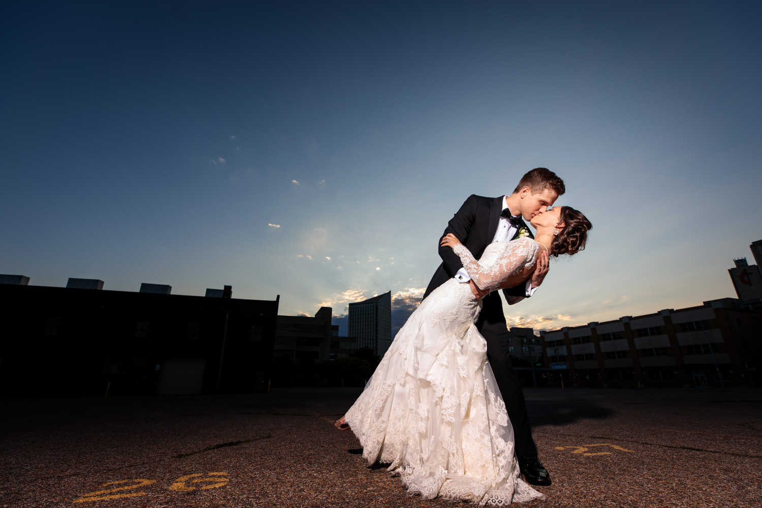 How to find the right wedding photographer