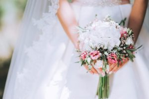 Why bridal bouquets are necessary for brides?