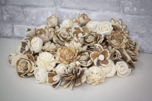 Wedding bouquet has to be sola wood real flowers!