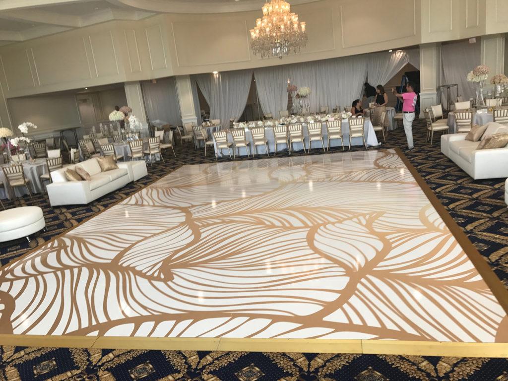 How to choose the best wrap dance floor?